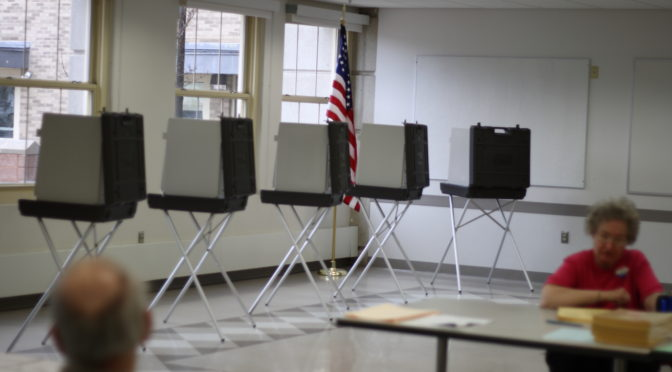 ELECTION DAY REGISTRATION IN EFFECT BUT LONG LINES EXPECTED
